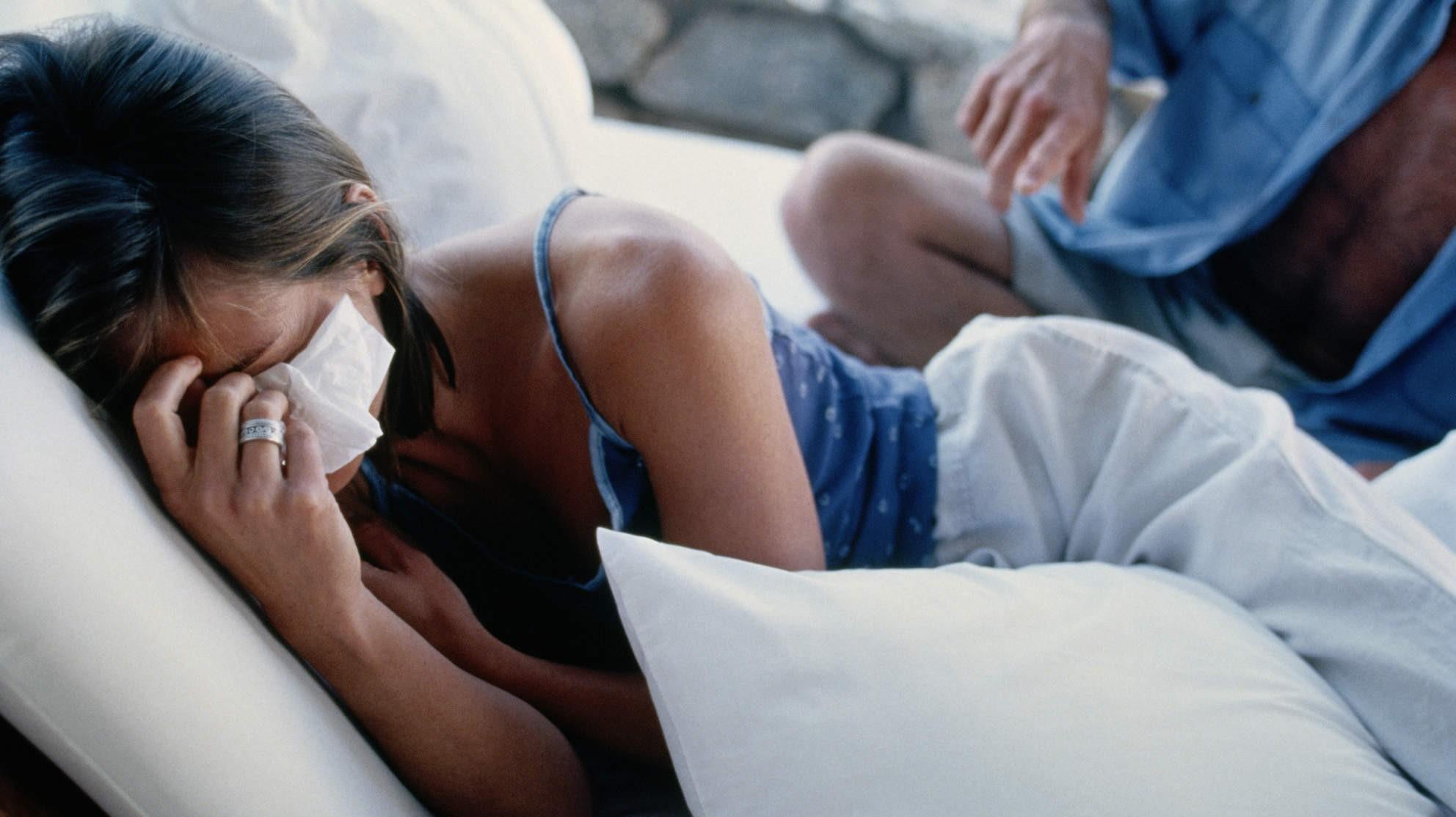 Cứ sau mỗi lần lên đỉnh lại khóc, nam giới cũng có thể gặp chứ không chỉ phụ nữ: Nguyên nhân do đâu? - Ảnh 1.