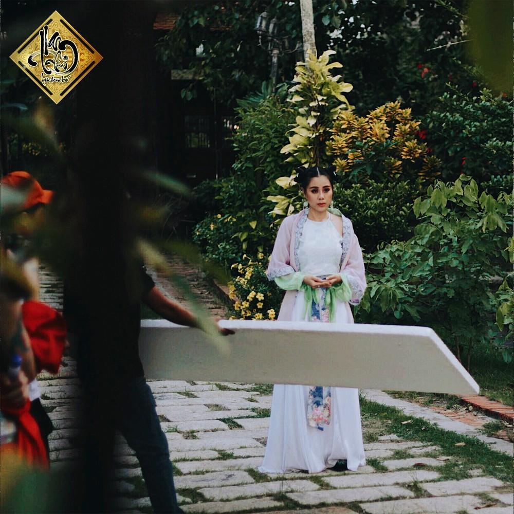 Kiều nữ làng hài Nam Thư chơi liều làm phim cổ trang hậu cung đấu đá  - Ảnh 7.