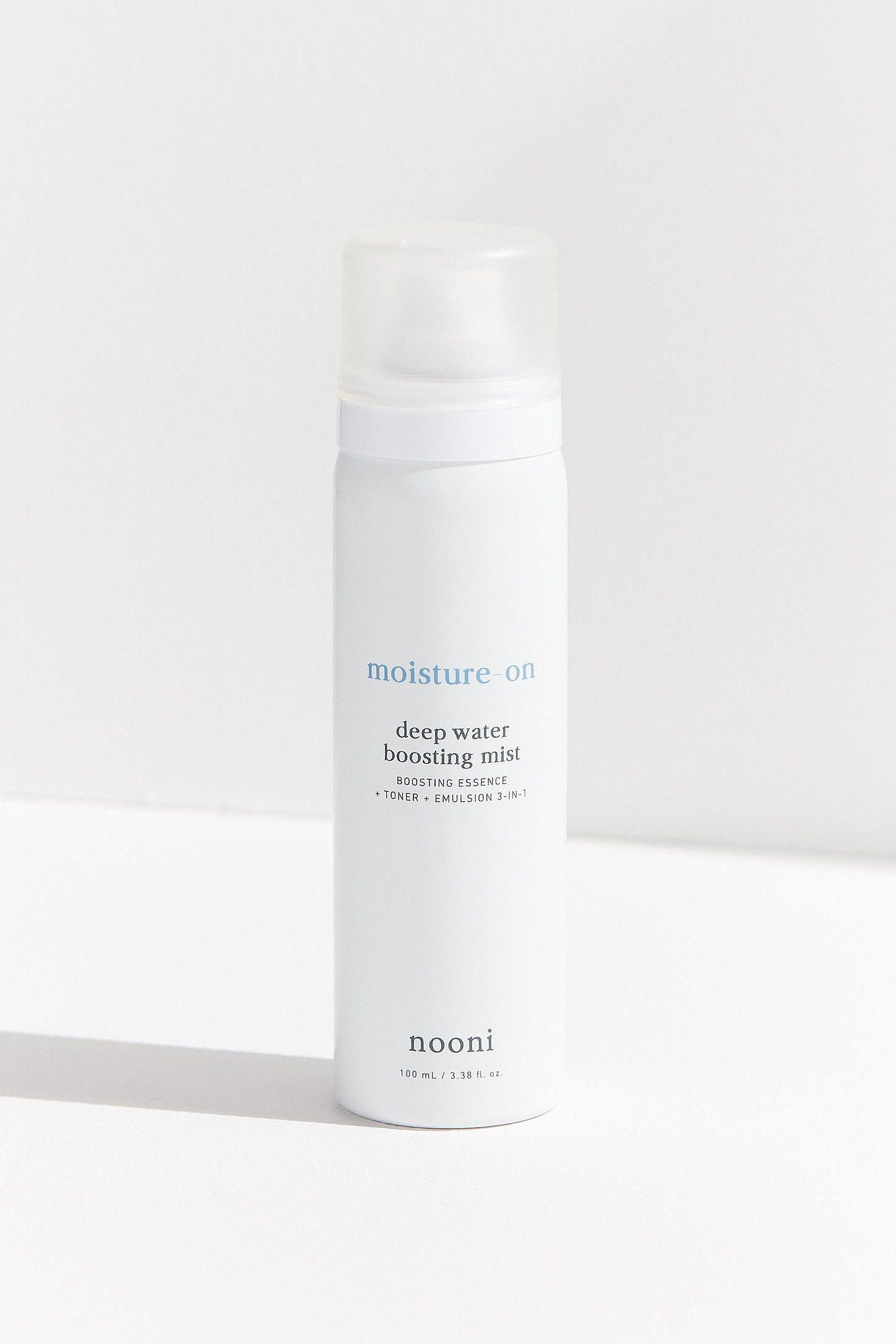 Dùng xịt khoáng sẽ giúp cấp ẩm cho da, nhưng nếu chọn sai loại thì còn khiến da khô hơn bình thường - Ảnh 4.