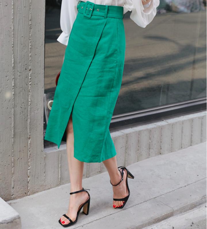 �Chân váy dài có kén dáng thế nào thì chỉ cần diện cùng 5 mẫu giày/dép này là đẹp mĩ mãn - Ảnh 3.