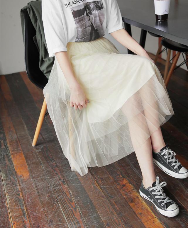 �Chân váy dài có kén dáng thế nào thì chỉ cần diện cùng 5 mẫu giày/dép này là đẹp mĩ mãn - Ảnh 10.