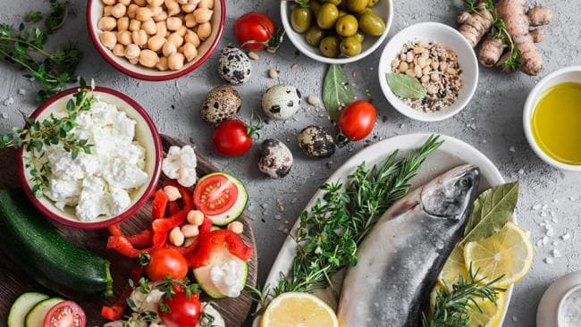 Chỉ mất 21 ngày ăn theo chế độ ăn Pioppi để giảm cân, tăng tuổi thọ: Các chuyên gia dinh dưỡng nói gì? - Ảnh 1.