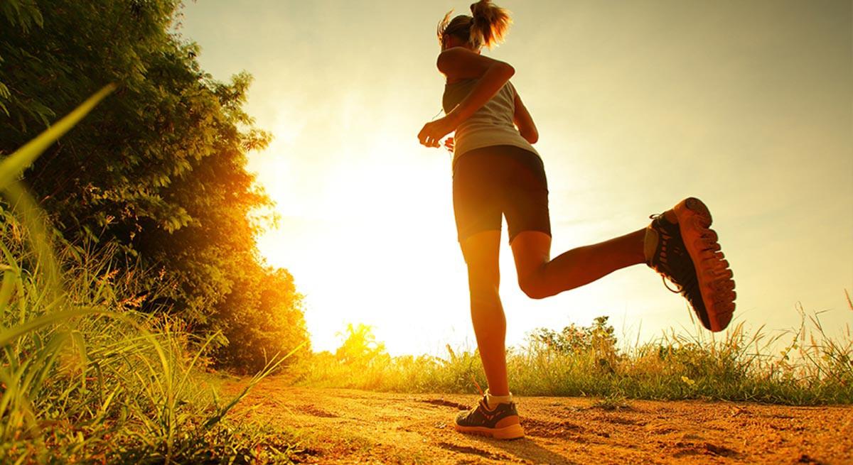 Mùa nóng đã đến, mọi người cần tránh 4 điều này, đặc biệt đối với những người bị bệnh tim mạch thì cần lưu ý hơn - Ảnh 1.