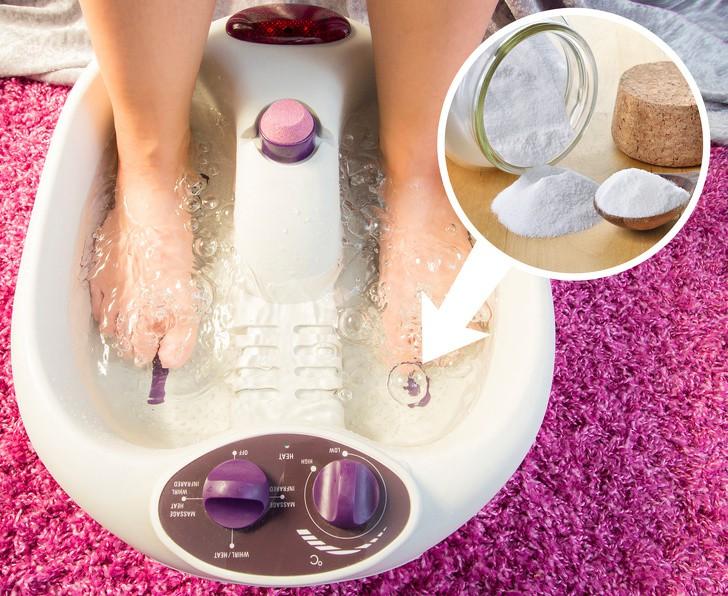 10 mẹo dưỡng da chân vừa dễ thực hiện lại hiệu quả cao, chị em hãy thử để sở hữu đôi bàn chân nuột nà - Ảnh 1.