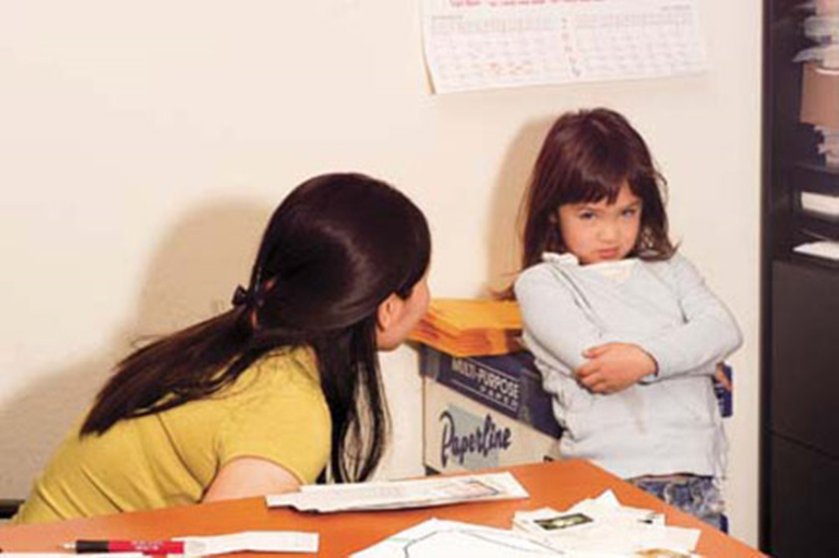 5 hành vi của bé bố mẹ nào cũng tưởng là thói xấu nhưng lại chứng tỏ bé đang dần phát triển thông minh hơn - Ảnh 5.