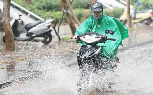 Thời tiết ngày 8/7: Miền Bắc bước vào đợt mưa dông kéo dài, nguy cơ lũ quét