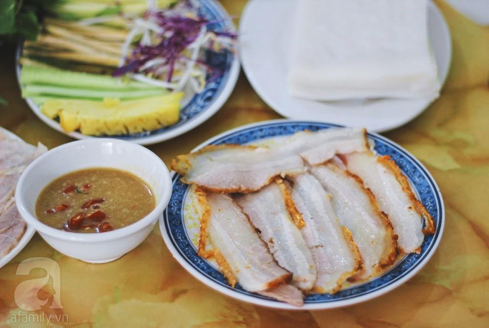 4 địa chỉ bánh tráng cuốn thịt heo ngon, giá bình dân cho những ngày Hà Nội mưa nắng thất thường - Ảnh 5.