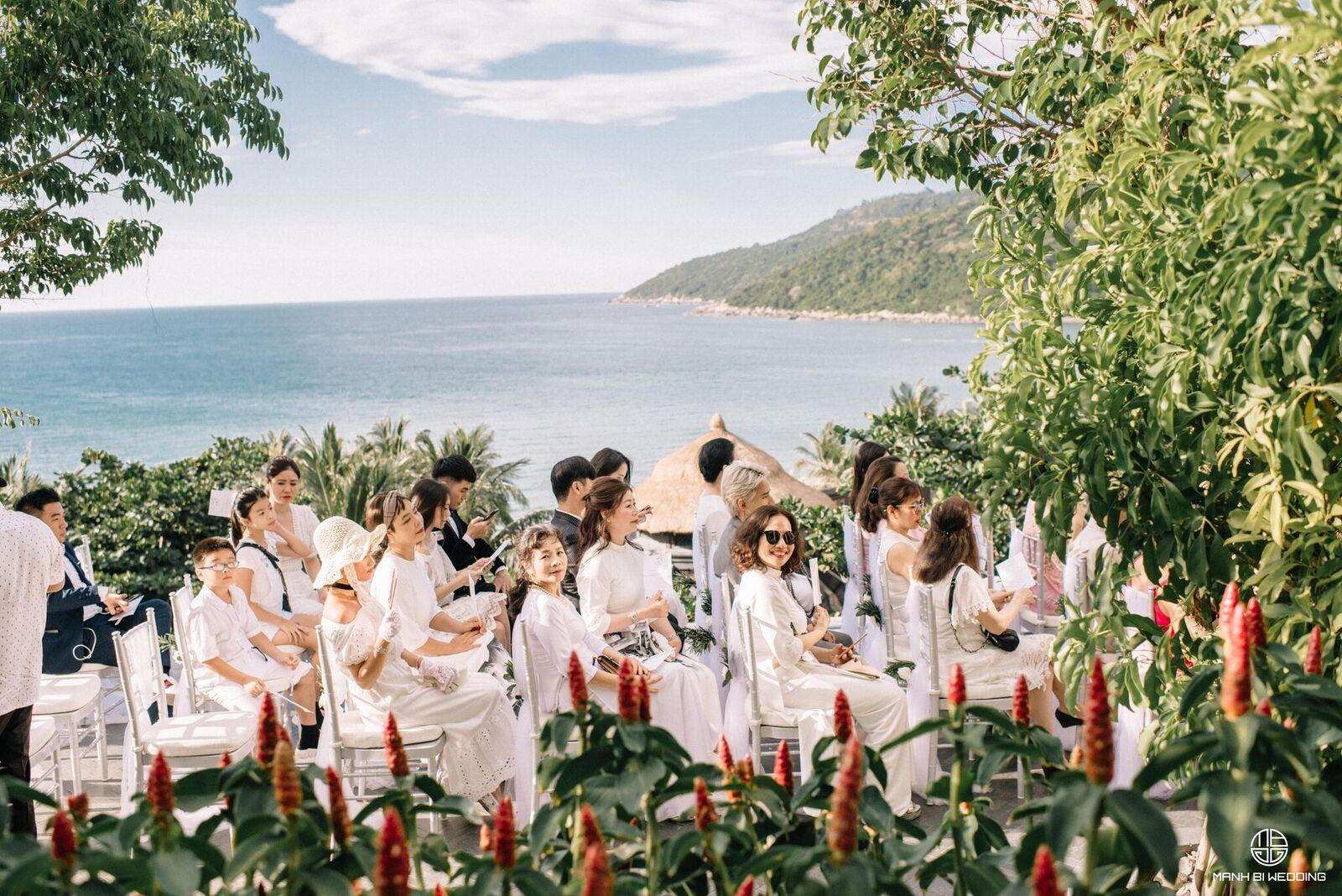 Nhà văn Gào chia sẻ nhiều thông tin thú vị về đám cưới như mơ ngay sau tiệc cưới hoành tráng trên bờ biển - Ảnh 9.