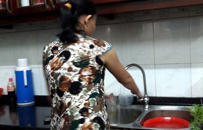 Mẹ bầu đau bầu vì ôsin sướng như tiên, ngày ngủ trưa 4 tiếng, chỉ nấu 1 bữa cơm, tháng nhận lương 7 triệu mà còn than mệt - Ảnh 2.