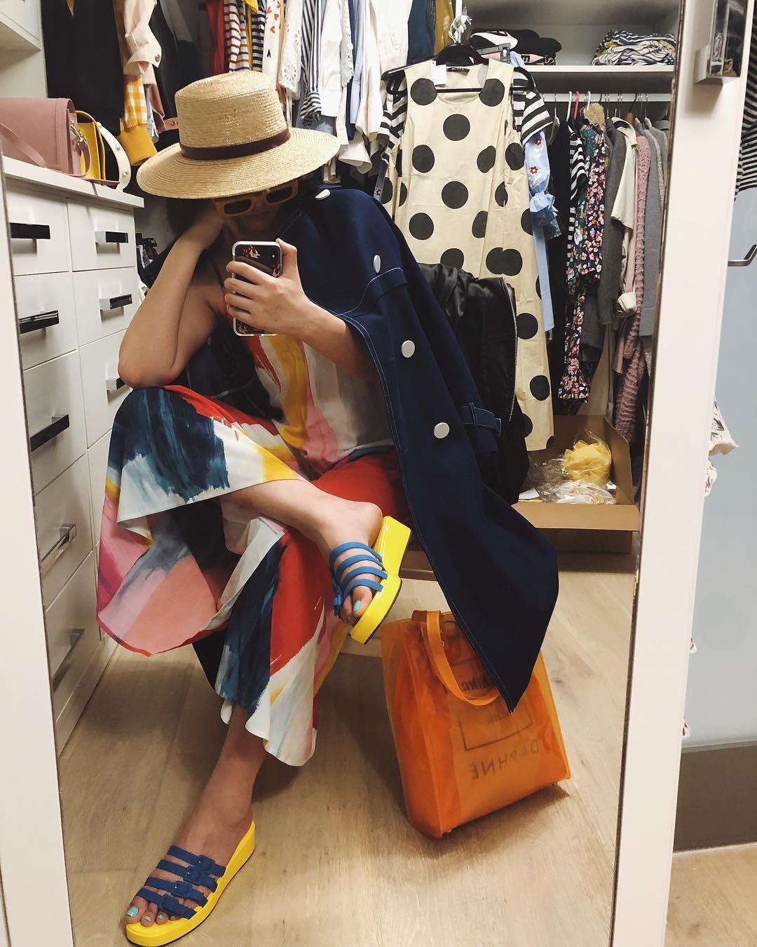 """Tháng nào cũng cạn tiền vì mua sắm váy áo, đó là bởi bạn đã không tuân theo 5 nguyên tắc shopping """"sống còn"""" này - Ảnh 5."""