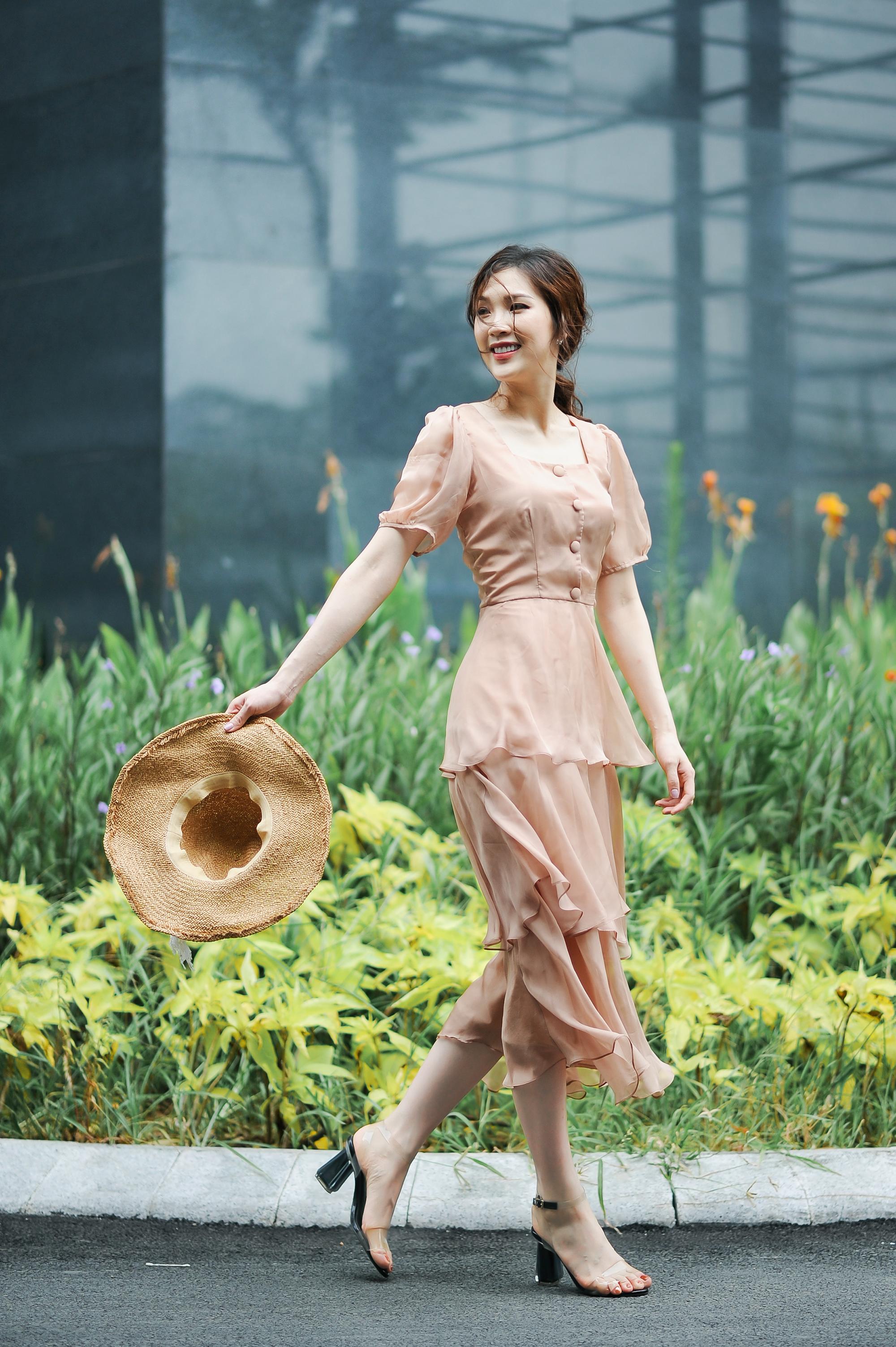Dọa bị sảy thai, từng bị băng huyết, Hoa hậu Phí Thùy Linh vẫn ước ao sinh thêm con - Ảnh 3.