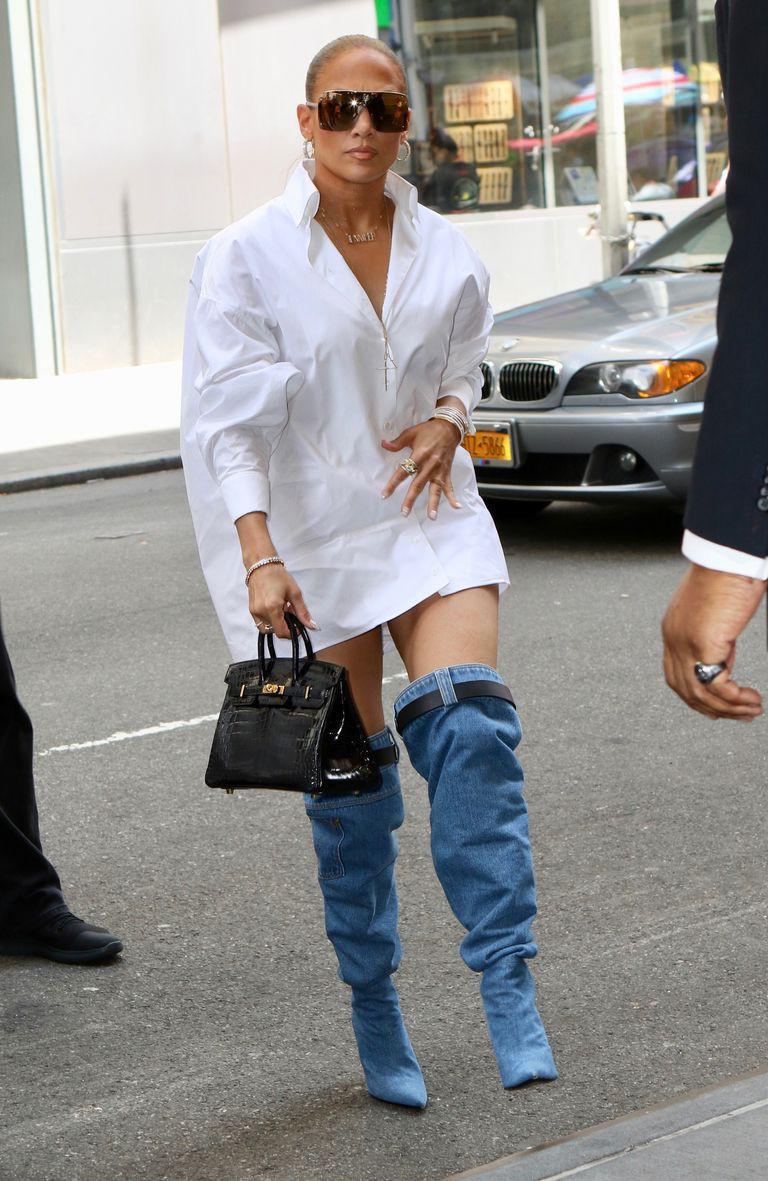 Thoạt nhìn, ai cũng tưởng Jennifer Lopez bị tụt quần trên phố nhưng hóa ra sự thật lại là... - Ảnh 7.