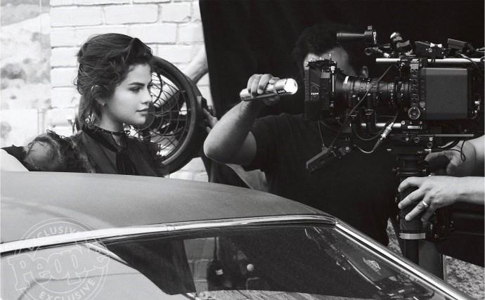 Hãy nhìn Selena Gomez cứ xinh đẹp và quyến rũ hơn từng ngày để biết rằng người yêu cũ lấy vợ thì cũng chẳng làm sao  - Ảnh 4.