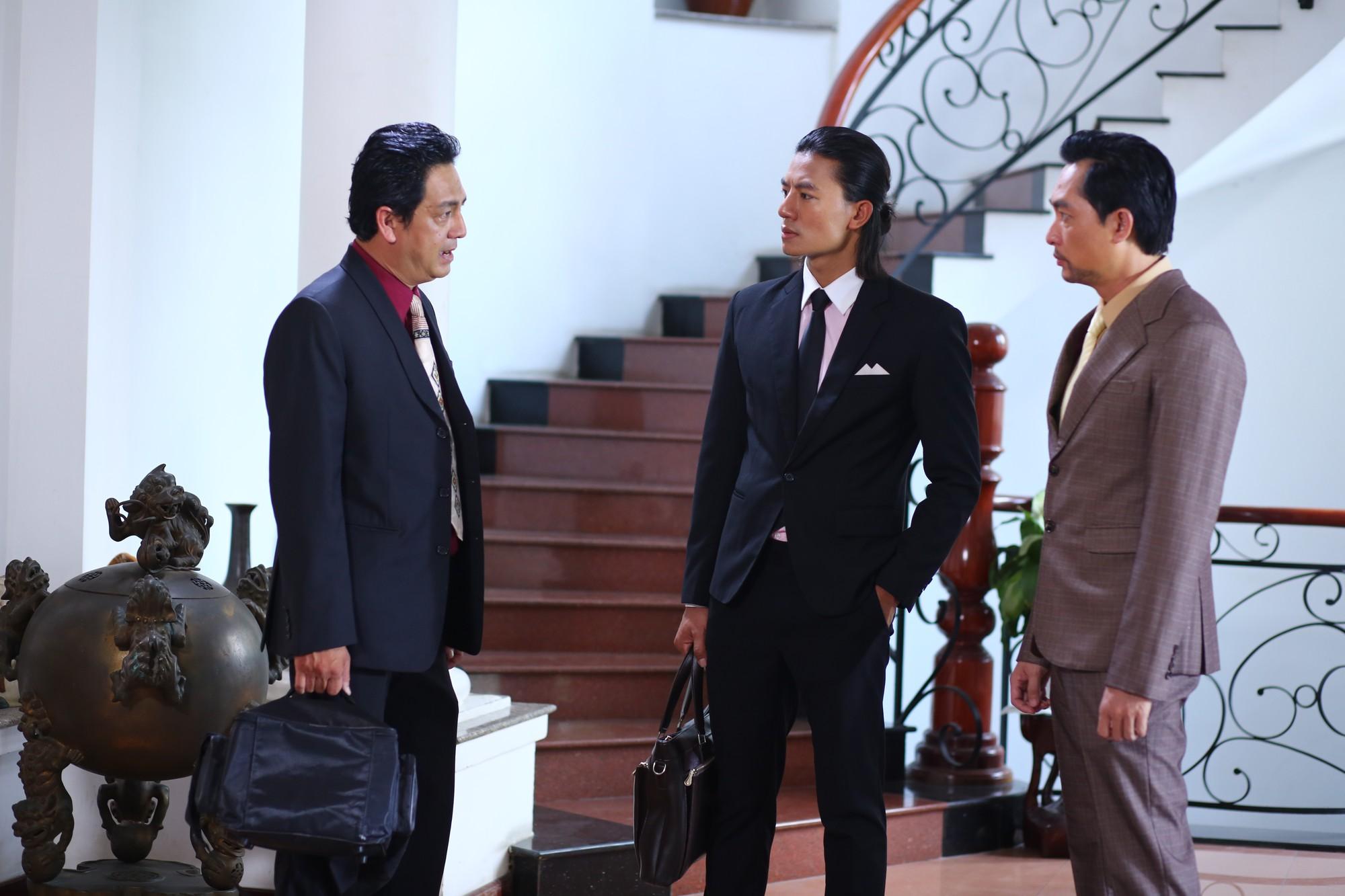 Thúy Hạnh bị chồng hành hung, Mai Thu Huyền chi tiền khủng mua quần áo  - Ảnh 11.