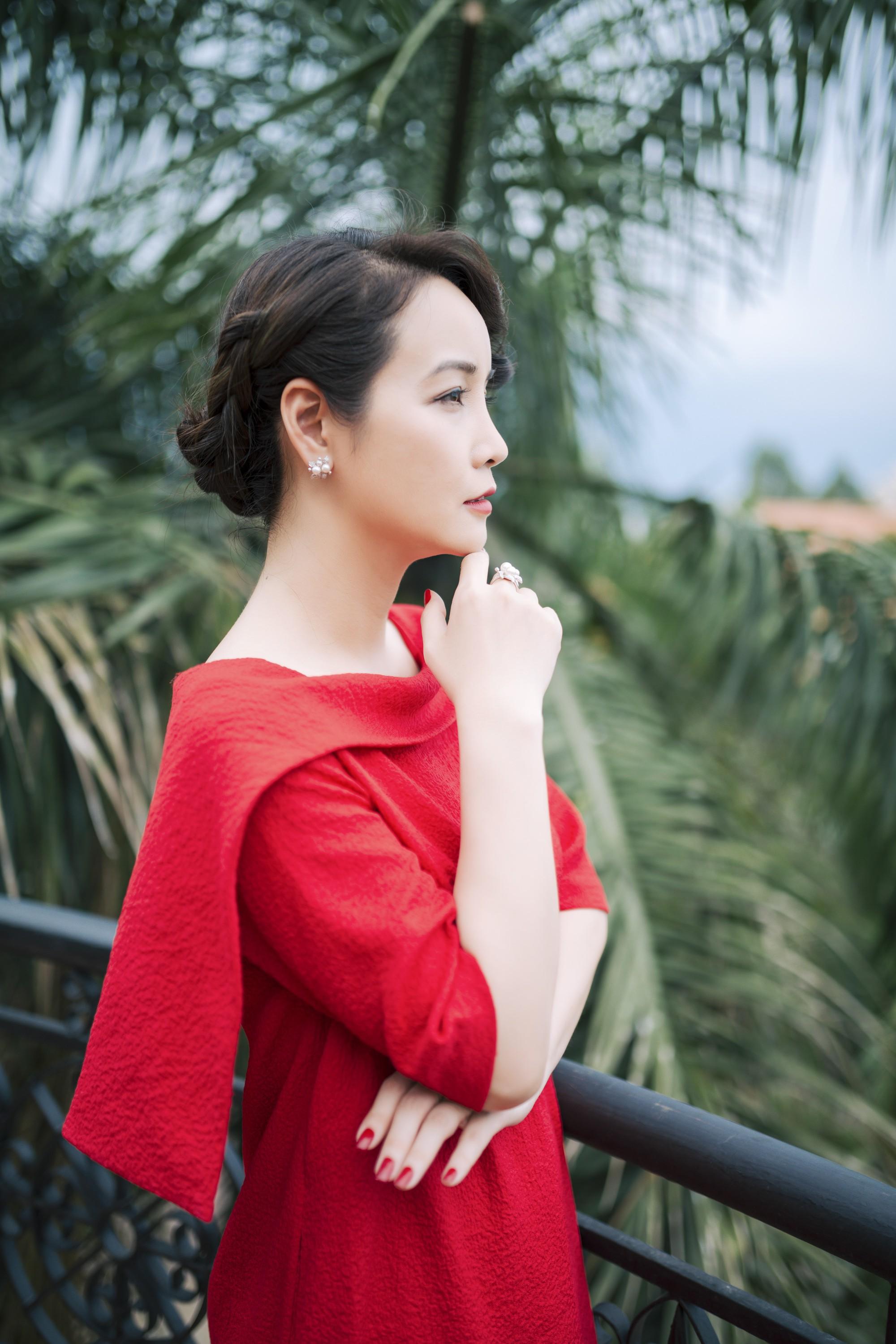 Thúy Hạnh bị chồng hành hung, Mai Thu Huyền chi tiền khủng mua quần áo  - Ảnh 7.