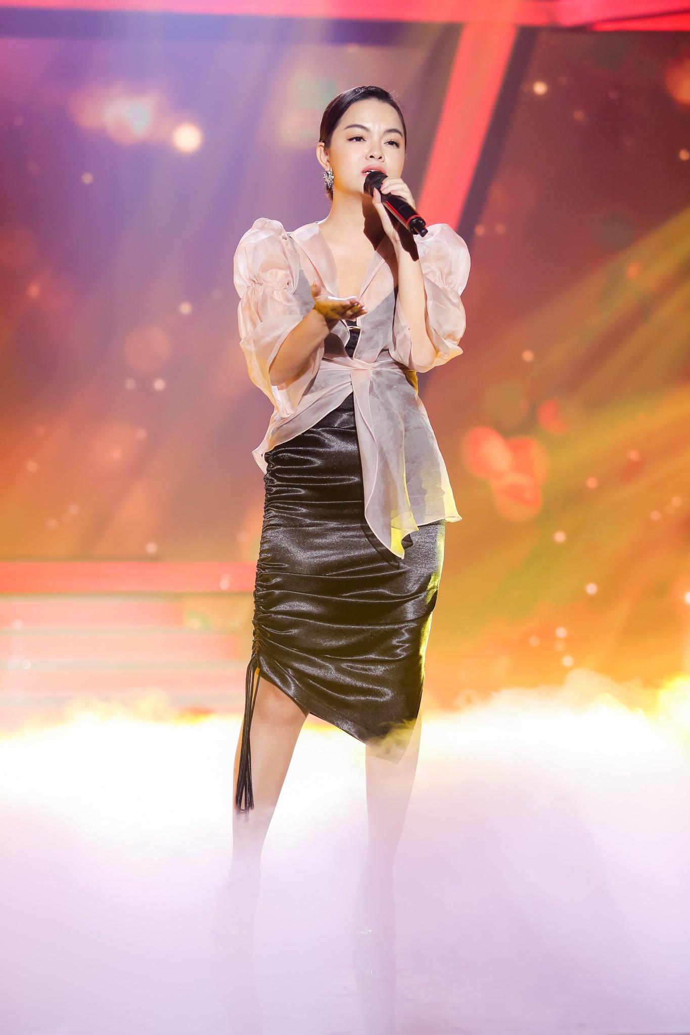 Lịm tim với màn hát live cực hay của Quang Linh - Phạm Quỳnh Anh - Ảnh 4.
