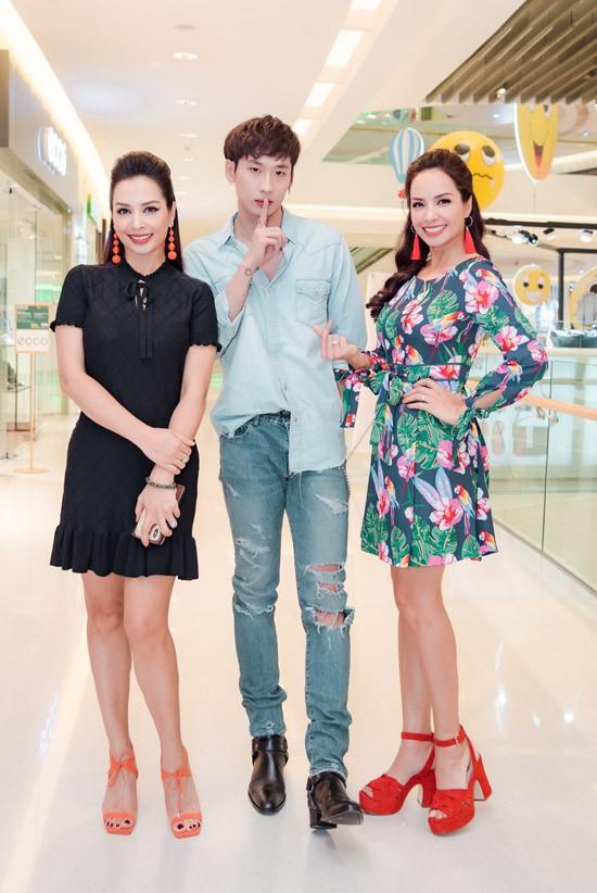 Lần đầu lộ diện con trai đẹp như Hàn Quốc của siêu mẫu Thúy Hạnh  - Ảnh 2.