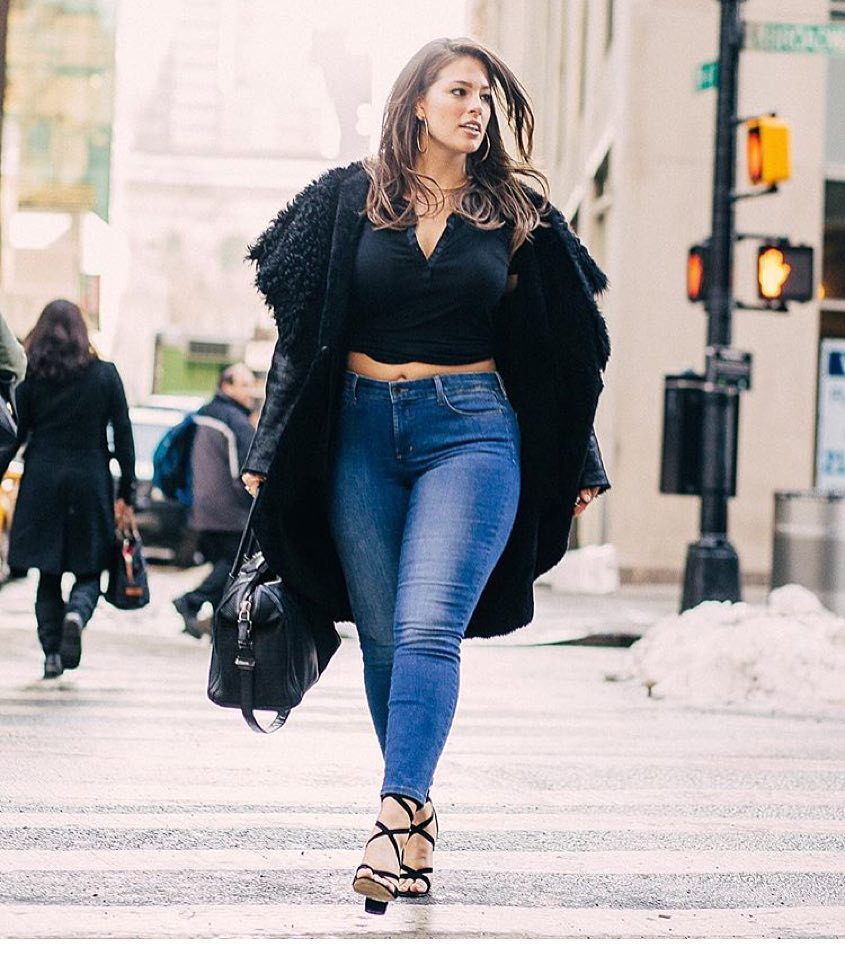 5 gạch đầu dòng cực dễ nhớ sẽ giúp hội chị em mũm mĩm vẫn tự tin diện quần jeans khỏe đẹp như ai - Ảnh 4.
