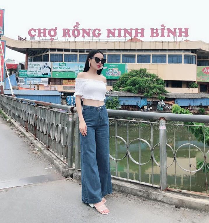 """Diện áo croptop khoe eo thon, Nhã Phương """"cao tay"""" dập tắt tin đồn mang thai 3 tháng với Trường Giang - Ảnh 4."""
