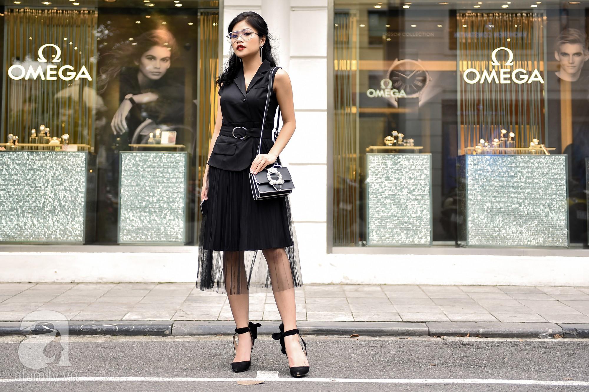 Có ai diện phụ kiện vừa chất vừa điệu như các quý cô miền Bắc trong street style tuần này - Ảnh 8.