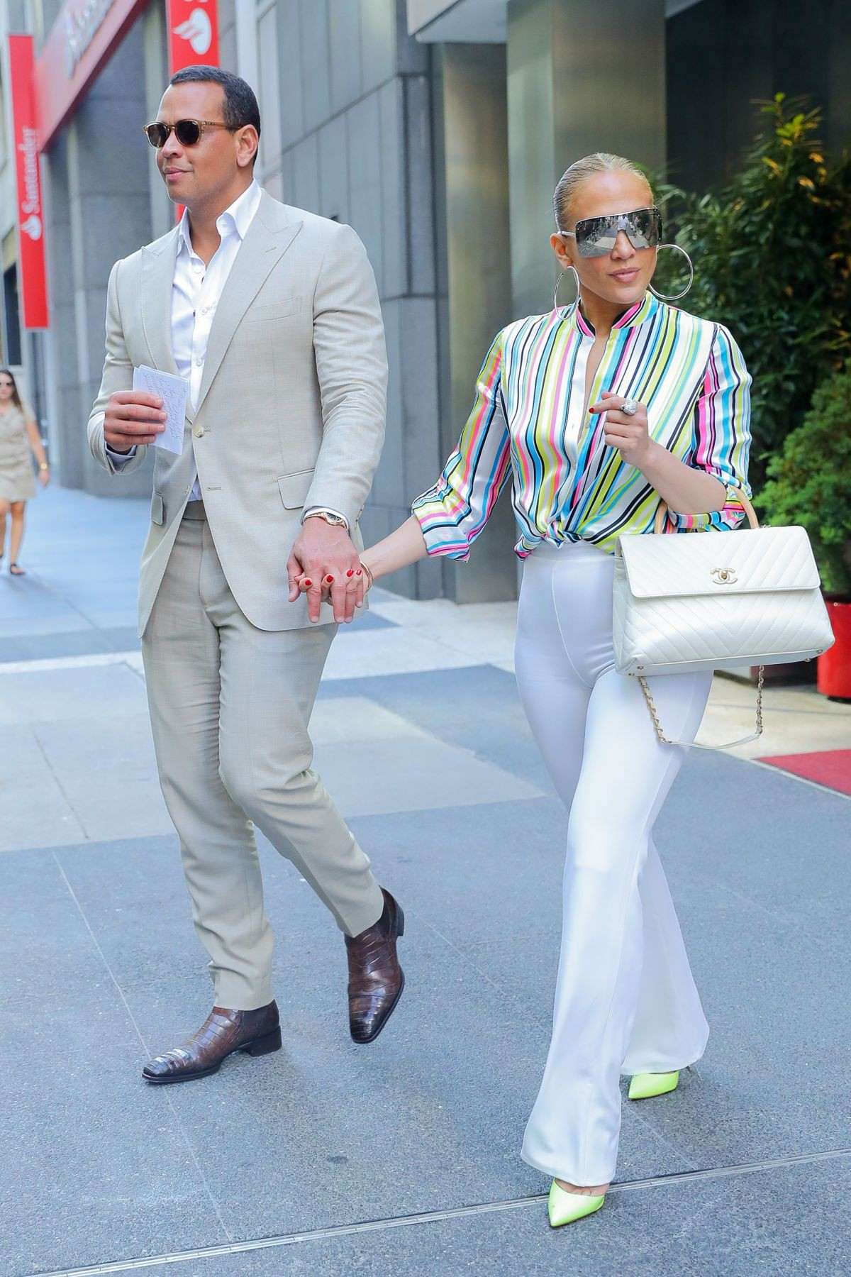 jennifer-lopez-and-alex-rodriguez-leaves-casa-lever-in-new-york-06-29-2018-3