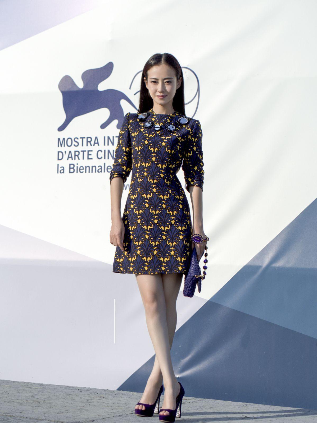 Dằn mặt nhau trong Diên Hi Công Lược, ngoài đời Phú Sát Hoàng Hậu - Cao Quý Phi cũng một 9 một 10 với style đẹp bất chấp tuổi tác - Ảnh 8.