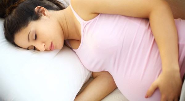 3 tháng cuối thai kỳ, mẹ bầu nên tuyệt đối tránh làm những việc này để cả mẹ và bé đều khỏe mạnh, an toàn - Ảnh 5.