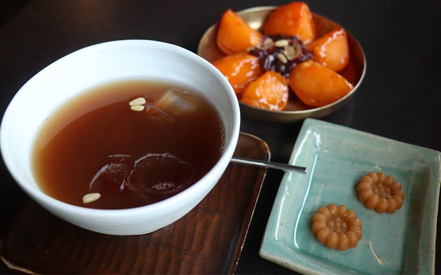 10 món ngon nhất định phải thử khi chu du Hàn Quốc thu này - Ảnh 2.