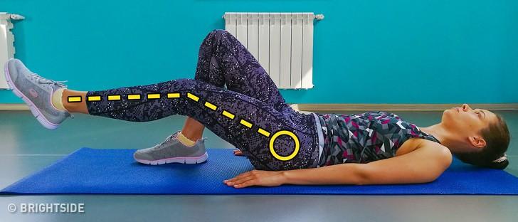 Không cần đến phòng gym, 9 bài tập giảm mỡ bụng sau sinh đơn giản này sẽ giúp các mẹ lấy lại vòng eo mơ ước - Ảnh 4.
