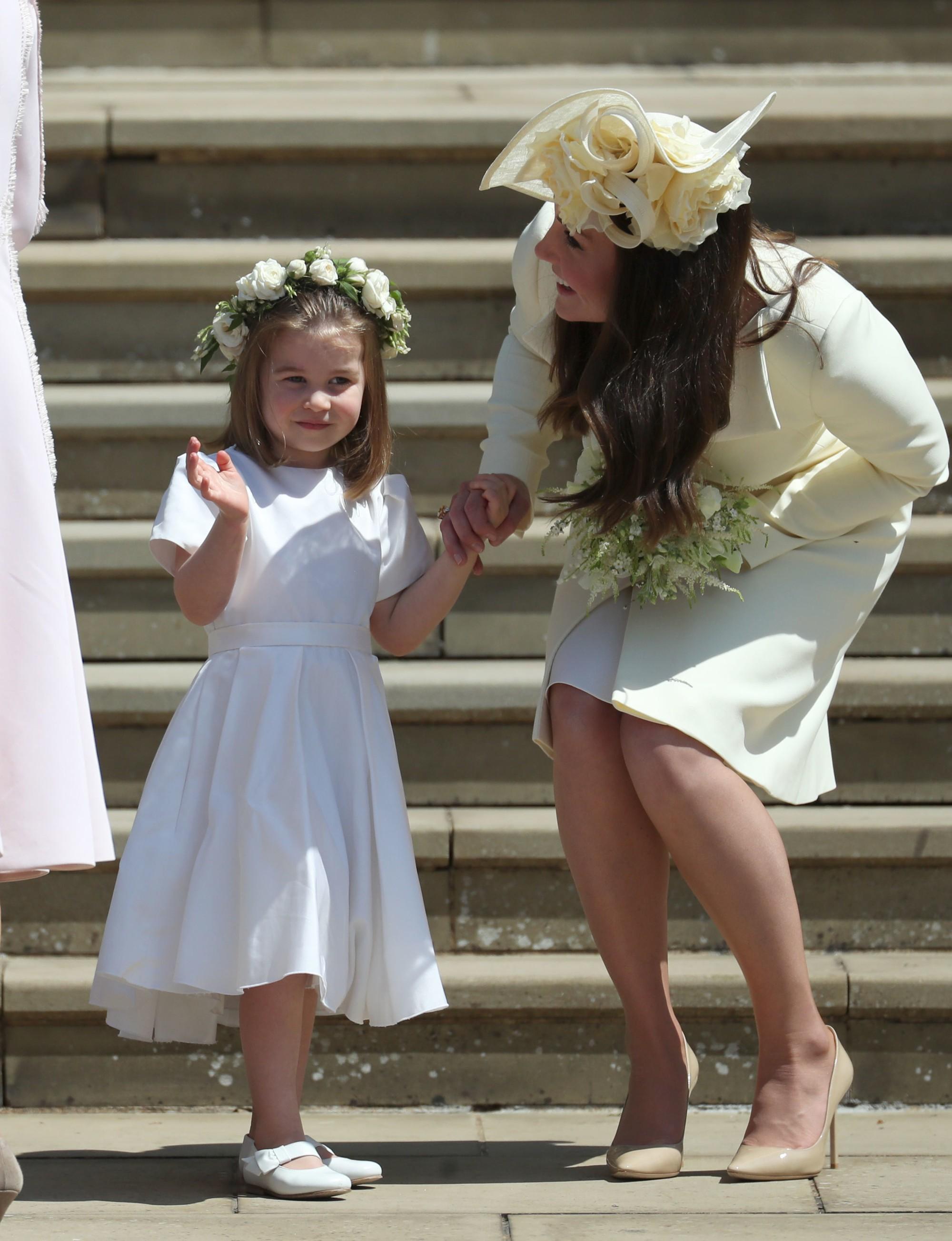 Lý do tại sao công chúa Charlotte chỉ luôn mặc váy hóa ra lại đơn giản thế này - Ảnh 1.