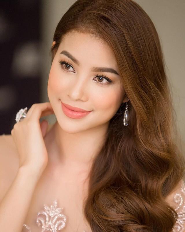 Loạt Hoa hậu có nhan sắc thay đổi rất nhiều so với ngày đăng quang - Ảnh 8.