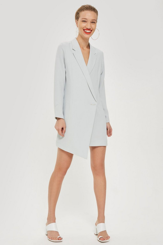 15 mẫu áo blazer của Zara, H&M... thanh lịch mà cực kỳ cá tính dành cho nàng công sở khi thời tiết đang chuyển từ hè sang thu - Ảnh 14.