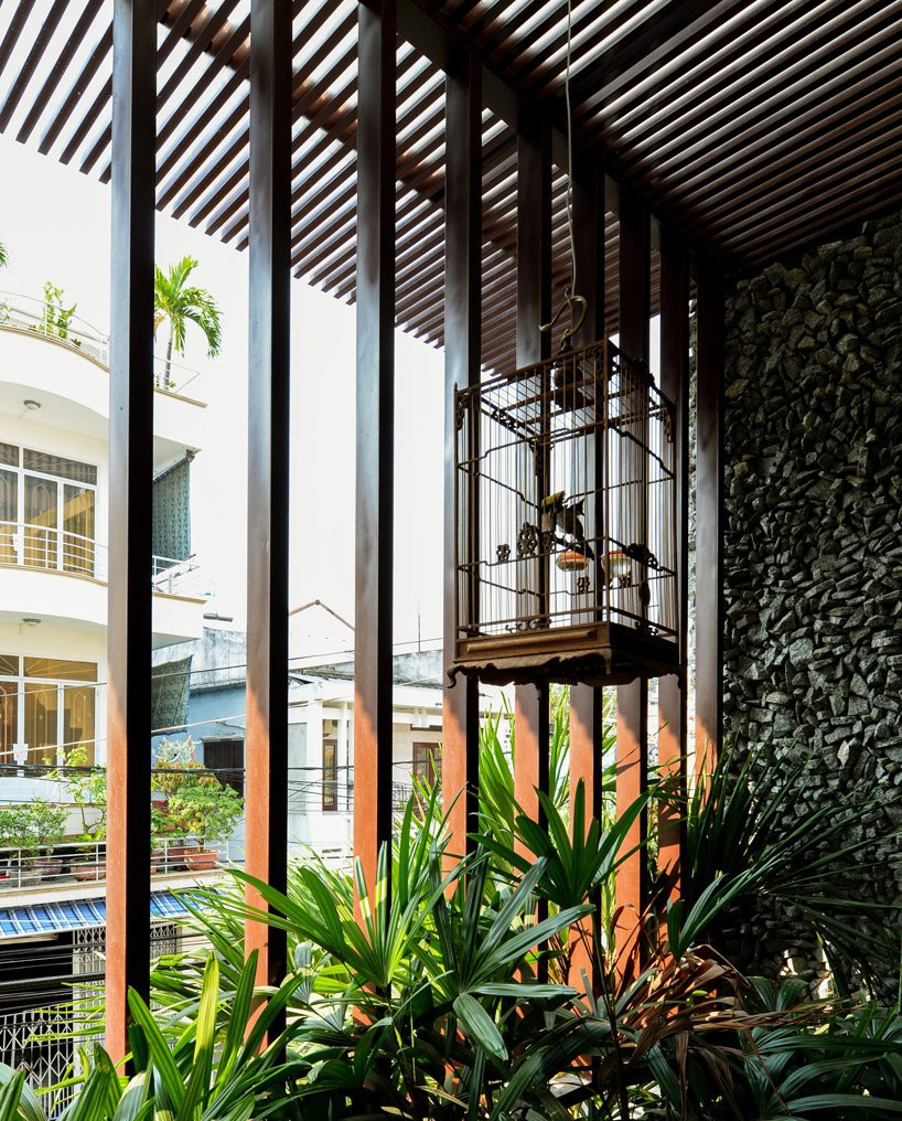 22-house-chona-architects-vietnam-designboom-07-1534302185650789233608.jpg