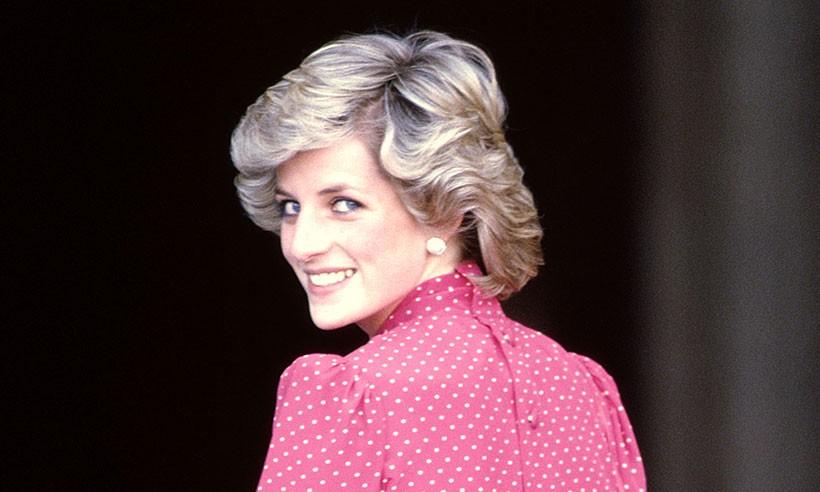 Xuất hiện ở đâu là tỏa sáng ở đó, thì ra Công nương Diana cũng có bí quyết chăm sóc sắc đẹp đến bây giờ vẫn đáng để học hỏi - Ảnh 6.
