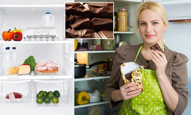 Ăn dưa hấu để trong tủ lạnh, người đàn ông phải cắt bỏ 70cm ruột: Cảnh báo cho việc lưu trữ thức ăn trong tủ lạnh không đúng cách - Ảnh 2.