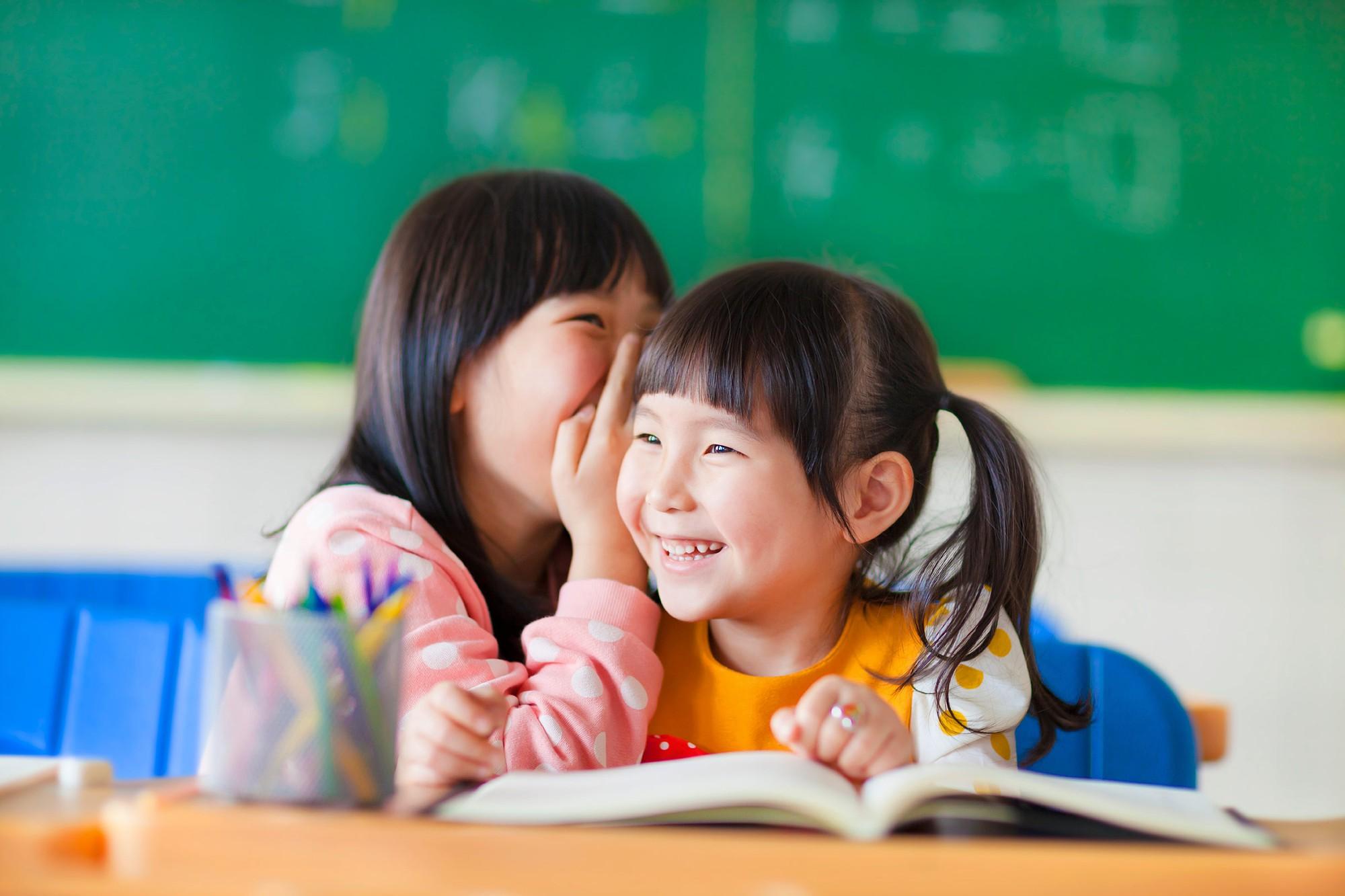 Với 4 câu nói đơn giản mà hiệu quả này, mẹ sẽ chẳng phải lo con không hòa nhập trong những ngày học đầu tiên - Ảnh 4.