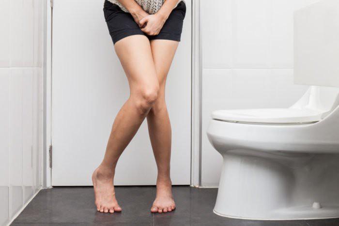 Những dấu hiệu nhận biết cơ bản của bệnh lậu - bệnh lây qua đường tình dục nguy hiểm không kém gì giang mai và chlamydia - Ảnh 3.