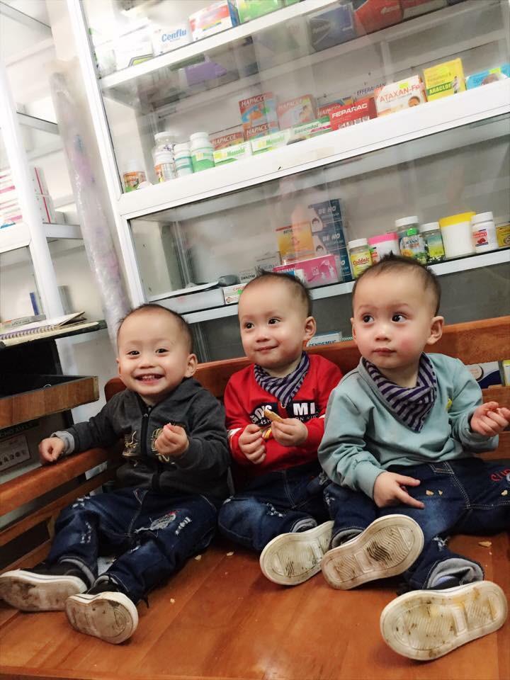 Mang thai ba, người mẹ đặt cược tất cả để giữ lại 3 con, trải qua vô vàn hiểm nguy và cuối cùng vỡ òa trong hạnh phúc - Ảnh 3.
