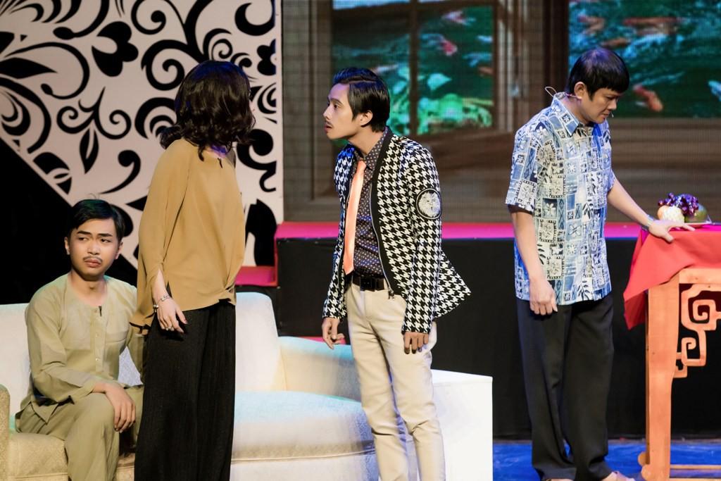 Hoài Lâm bất ngờ về nước, hội ngộ Gia Bảo hát tri ân cố NSƯT Thanh Nga - Ảnh 10.
