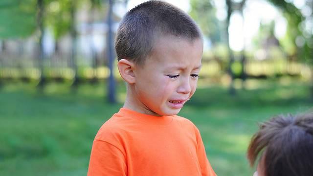 Khi trẻ làm sai, nói KHÔNG sẽ chẳng tác dụng gì đâu, đây mới là những cách nói với con hiệu quả nhất - Ảnh 4.