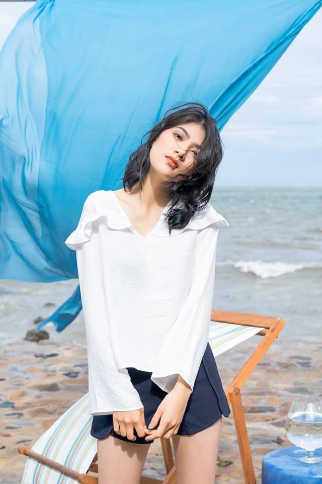 20 mẫu áo blouse siêu xinh từ các thương hiệu Việt chắc chắn sẽ đốn tim nàng trong những ngày giao mùa mát lịm - Ảnh 14.