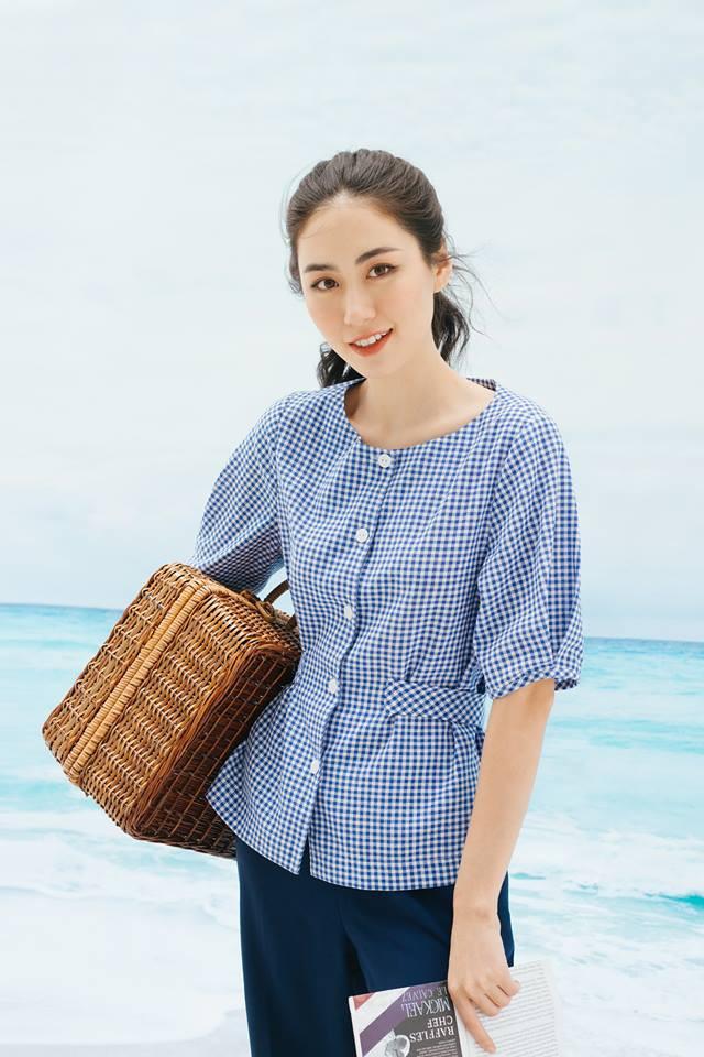 20 mẫu áo blouse siêu xinh từ các thương hiệu Việt chắc chắn sẽ đốn tim nàng trong những ngày giao mùa mát lịm - Ảnh 4.