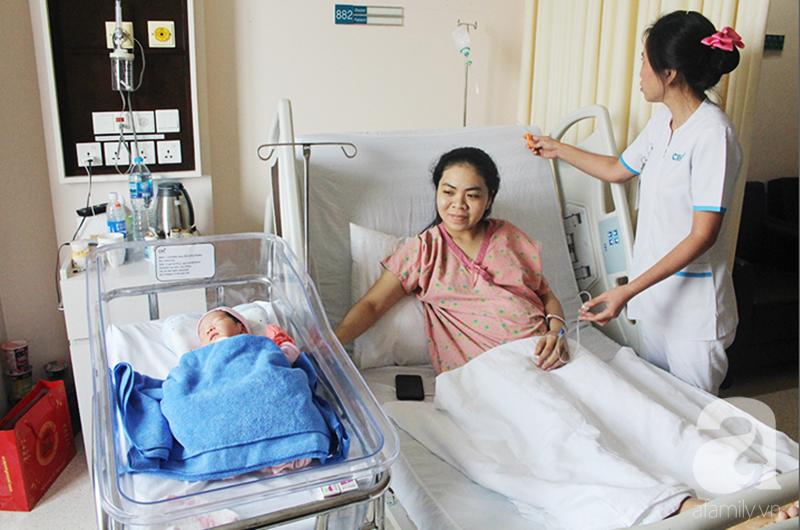 Cân não 2 tiếng thực hiện 2 cuộc phẫu thuật đưa bé gái 37,5 tuần tuổi ra khỏi bụng sản phụ bị viêm ruột thừa nguy kịch - Ảnh 5.