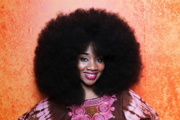 Chùm ảnh: Những mái tóc dày bồng bềnh được xếp vào hàng hiếm có khó tìm trên thế giới khiến bạn phải thốt lên không thể tin nổi! - Ảnh 25.