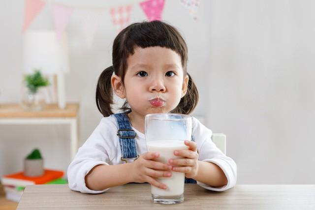 """Công dụng của """"sữa mát"""" giúp hỗ trợ hệ tiêu hóa của bé khỏe mạnh hơn - Ảnh 1."""