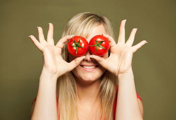 Tại sao nên ăn cà chua và ăn bao nhiêu là đủ để tránh mang bệnh? Đây là câu trả lời không phải ai cũng biết  - Ảnh 4.