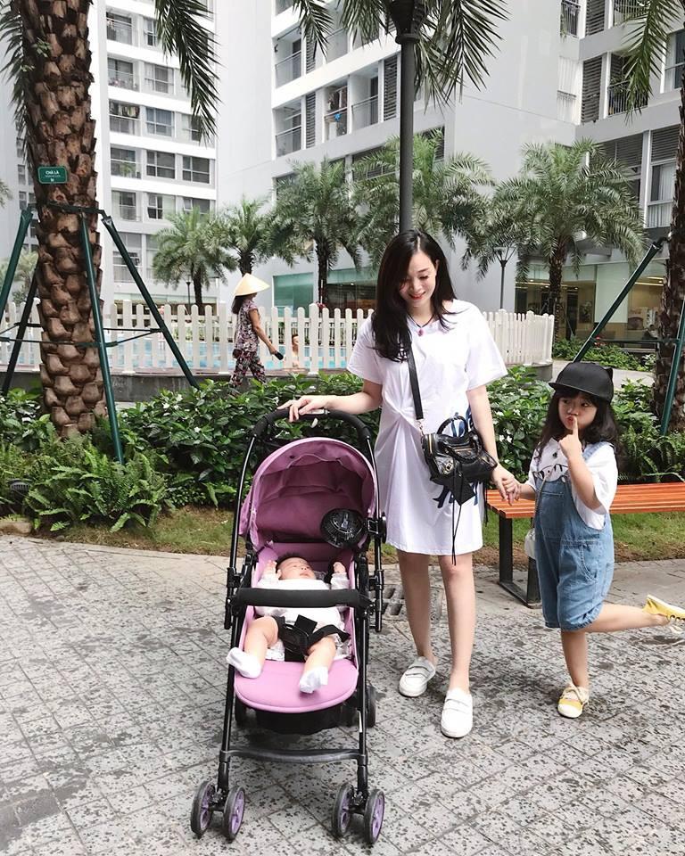 Hot mom Ngọc Mon tự tin khoe dáng thon sau 3 tháng sinh con - Ảnh 10.