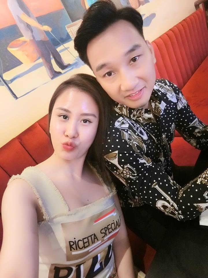 Vợ 2 của MC Thành Trung nghỉ việc tiếp viên hàng không, ngày càng xinh đẹp, sang chảnh sau 1 năm kết hôn - Ảnh 12.