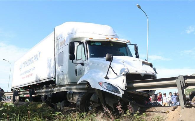 Kết luận nguyên nhân vụ tai nạn giao thông làm 13 người chết trong đám rước dâu ở Quảng Nam - Ảnh 1.