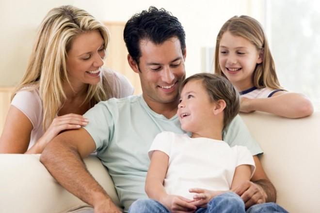 Ai cũng biết trẻ con thường xuyên mắc lỗi, nhưng không phải bố mẹ nào cũng hiểu nên xử trí ra sao mới hợp lý - Ảnh 2.